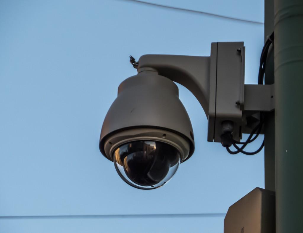 stockvault-security-camera-153854